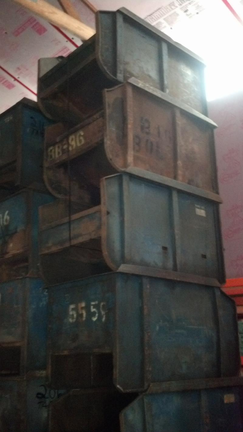Stock no: 6602 - LARGE STEEL CONTAINER BINS