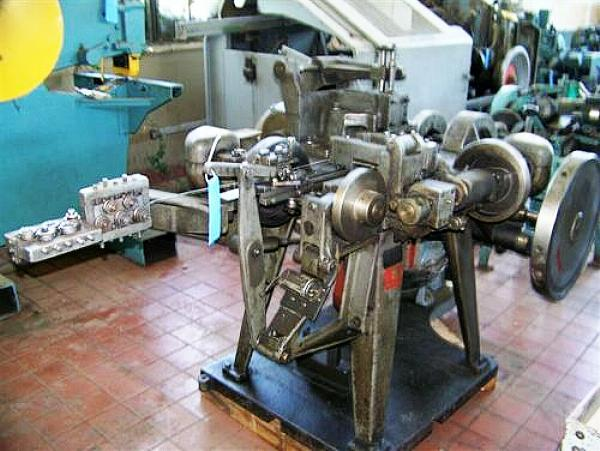Stock no: 5998 - FOUR SLIDE WIRE MACHINE