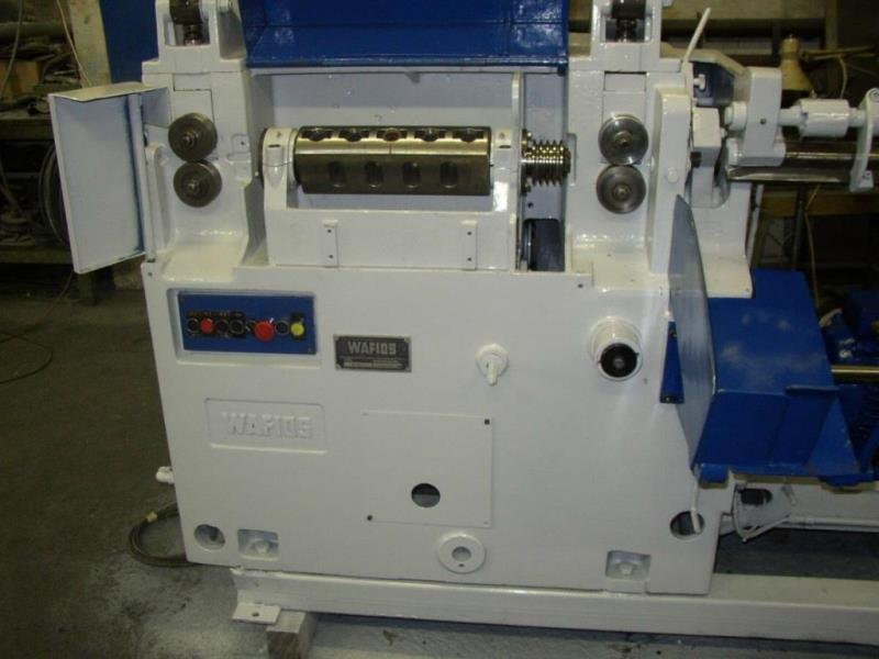 Stock no: 7576 - STRAIGHTENING & CUTTING MACHINE